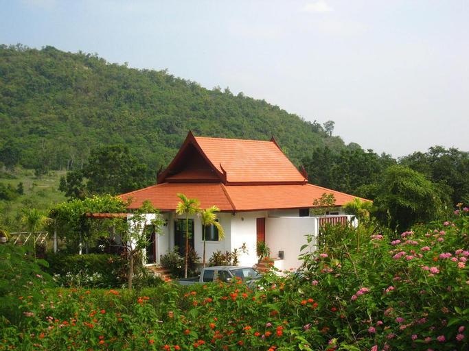 Mountain Breeze Villa, K. Sam Roi Yot