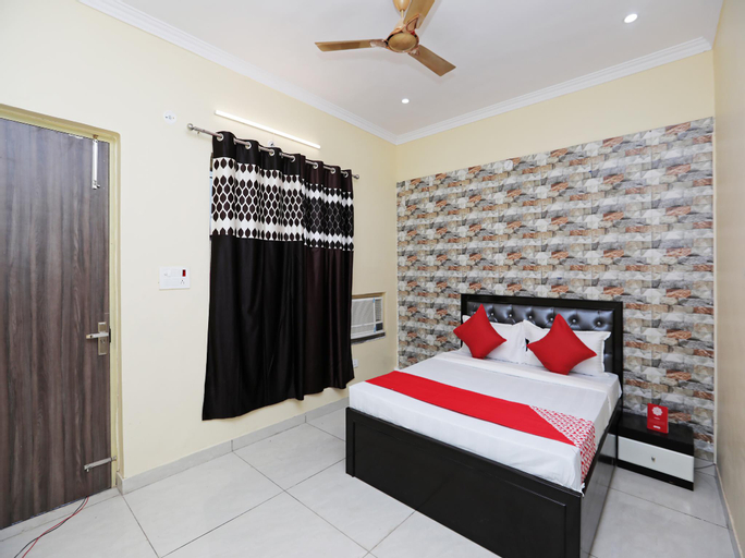OYO 35973 Hotel Sweet Valley, Gautam Buddha Nagar