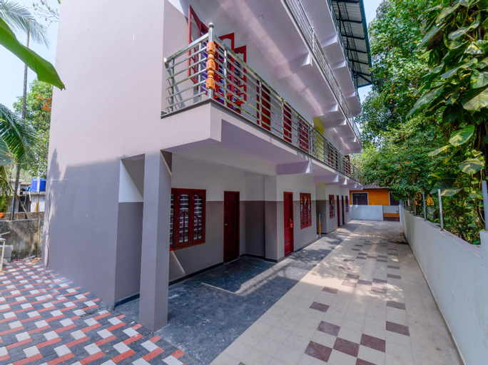 OYO 11620 Amare Highway Residency, Alappuzha