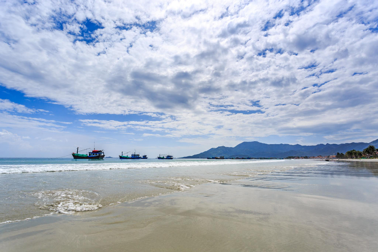 GM Doc Let Beach Resort & Spa, Ninh Hòa