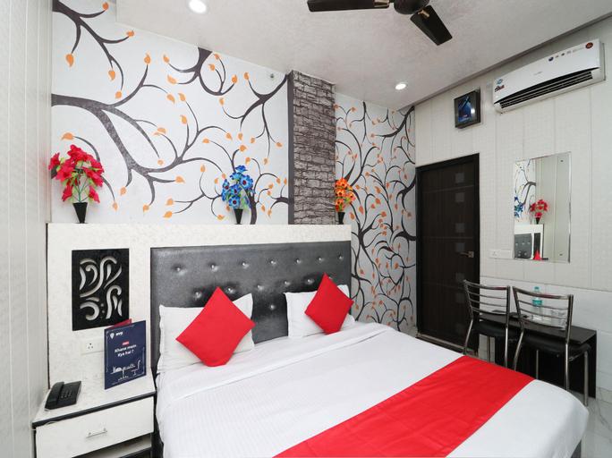 OYO 7885 Hotel Myraa, Mathura