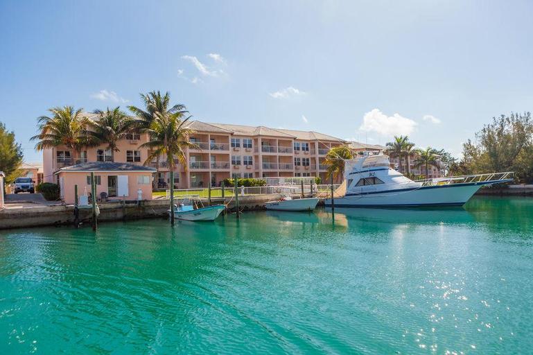 Island Palm Marina Villas,
