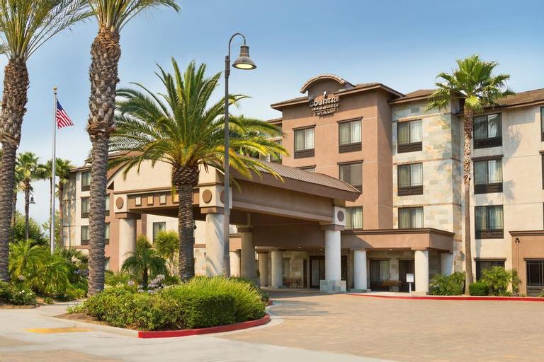 Country Inn & Suites by Radisson, Ontario at Ontario Mills, CA, San Bernardino