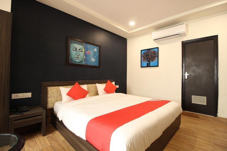 OYO 9649 Hotel Vijay Palace, Jaipur