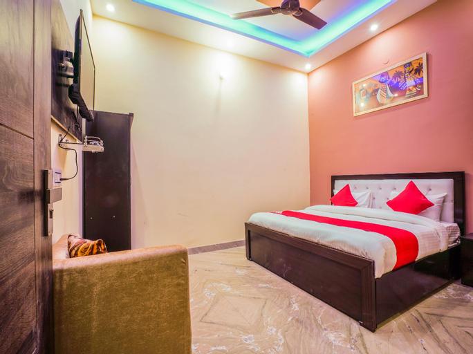 OYO 24743 Janak Residency, West