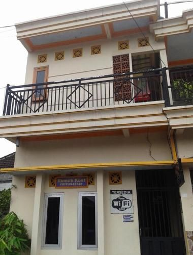 Rumah Kost Pandean, Kediri