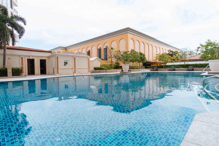 Myx Suites @ Venice Luxury Residences, Makati City