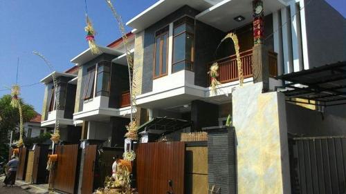 Indraprasta, Denpasar