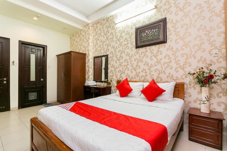 OYO 161 Hoang Yen Nhi Hotel, Gò Vấp