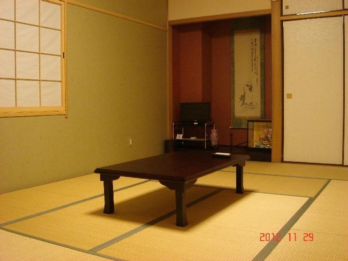 Onsen Ryori Minshuku Mikuniya, Sakai City