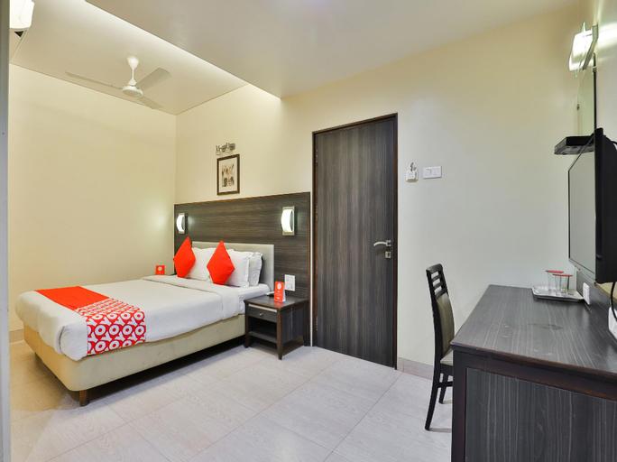OYO 17332 Hotel Nana's, Daman