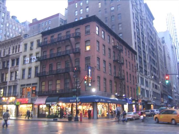 Americana Inn, New York