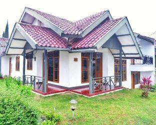 4BR Villa @ D'Orchid Park Cipanas, Cianjur