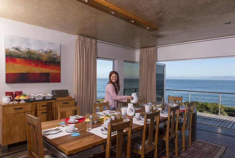 Whalesong Lodge, Overberg