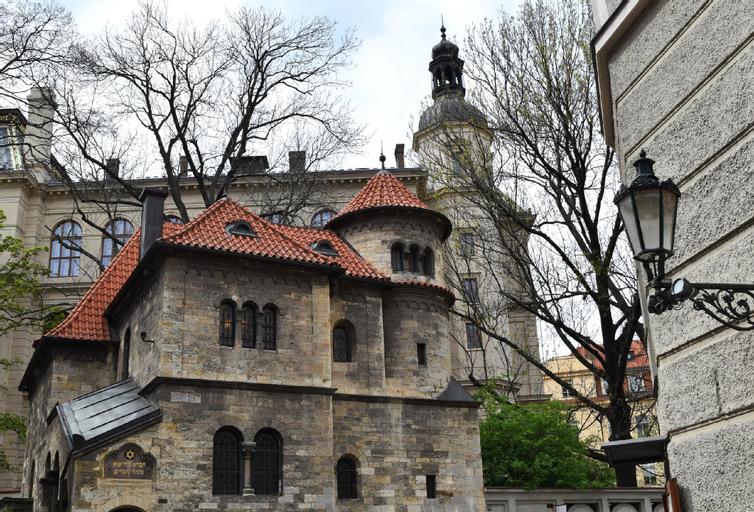 Hotel Bila Labut, Praha 7