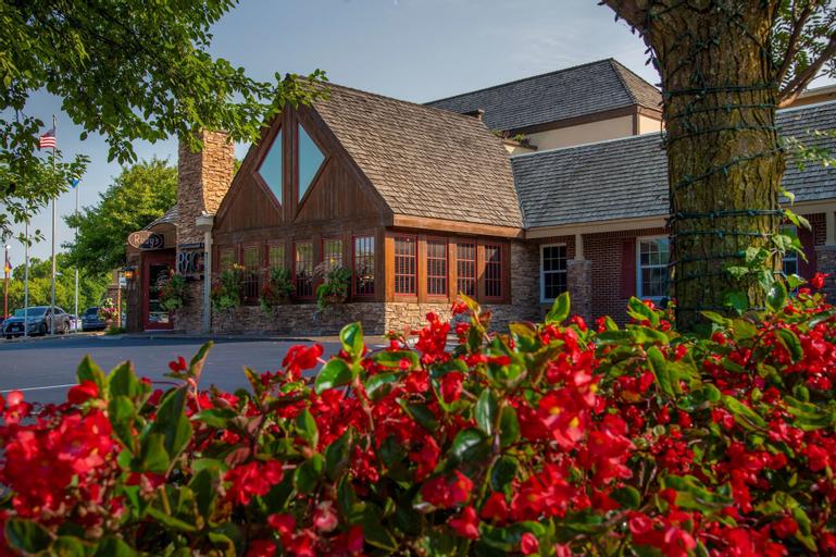 Best Western Plus White Bear Country Inn, Ramsey