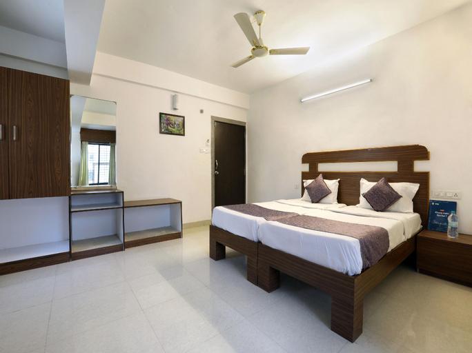 OYO 12810 Hotel Iris, Aurangabad