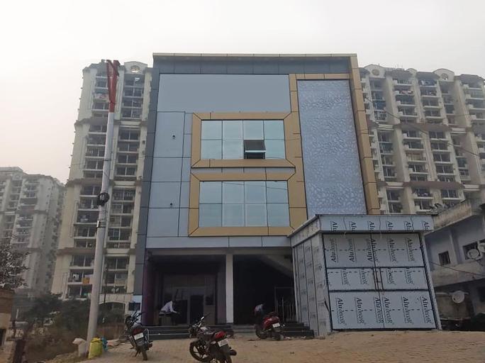OYO 22654 Hotel Rose & petals, Ghaziabad