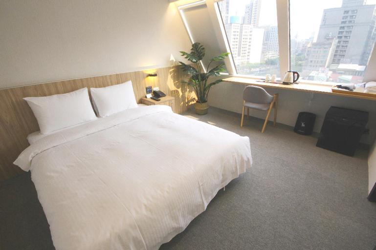 Hotel Attic, Taipei City