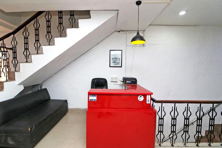 OYO 40425 Hotel Dazzle Inn, Faridabad