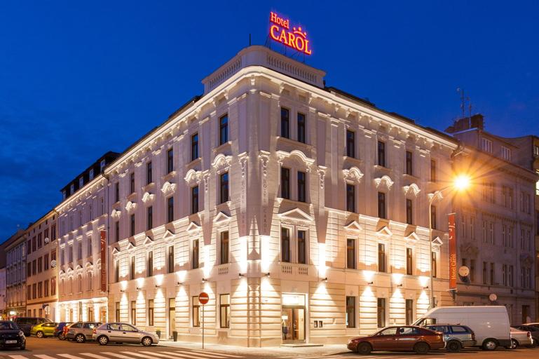 Hotel Carol, Praha 8