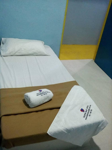 DOLPHIN BAJET HOTEL, Besut