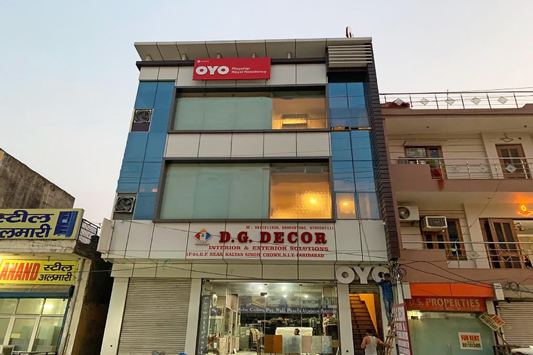 OYO Flagship 31025 Royal Residency Bata Chowk, Faridabad