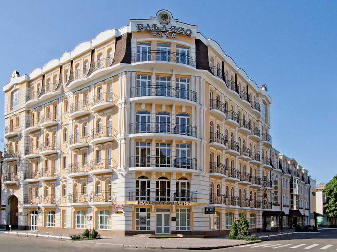 Palazzo Premier Hotel, Poltavs'ka