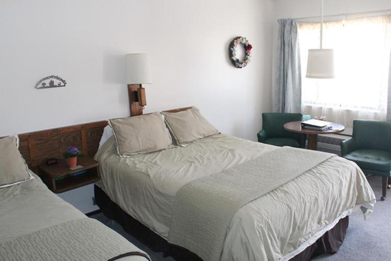 Jim Butler Inn and Suites, Nye