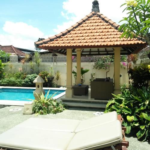 Sekar Sari Villa, Denpasar