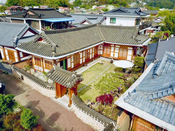 Hanok Hyeyum, Jeonju