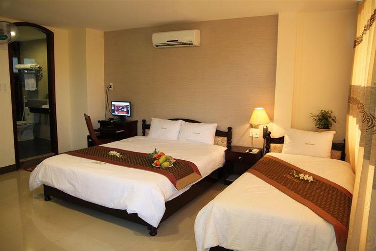 Dmz Hotel, Huế
