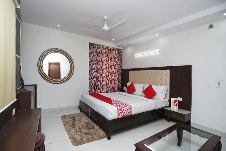 OYO 2295 Hotel Razia Inn, Hisar