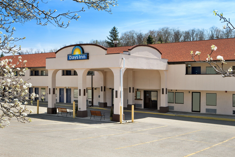 Days Inn by Wyndham Monroeville Pittsburgh, Allegheny