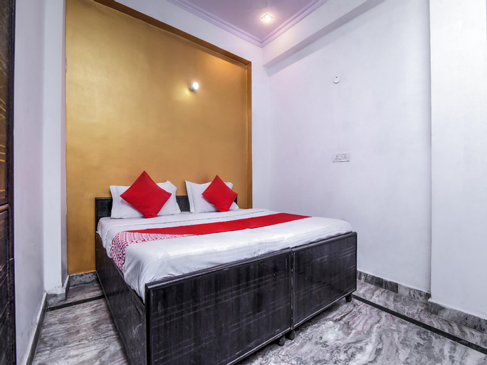 OYO 22321 Nitin Palace Guest House, West