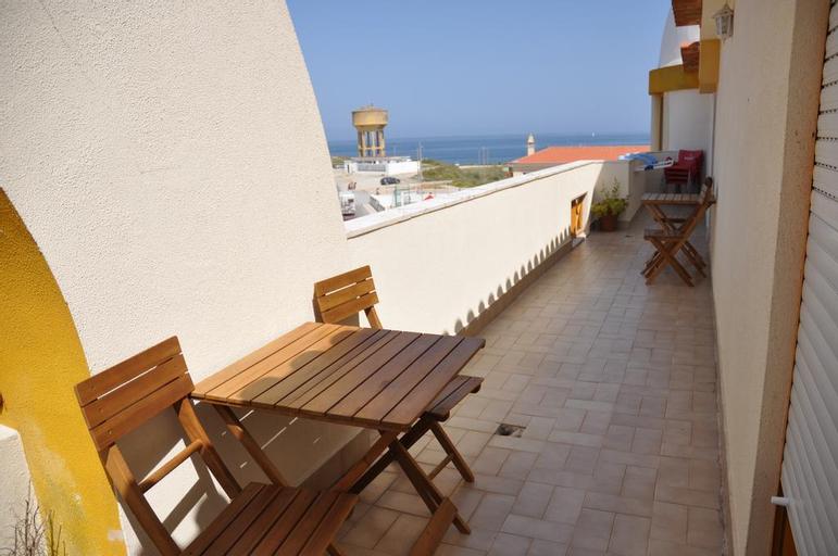 Peniche Beach House, Peniche