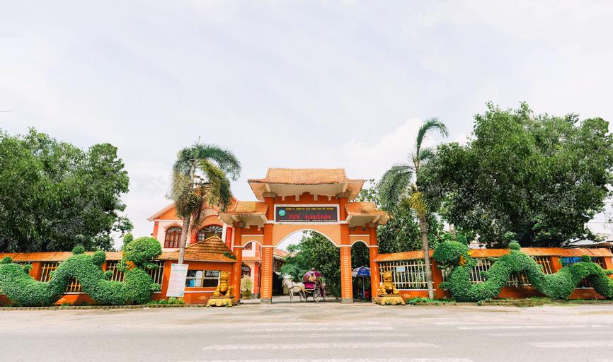 My Khanh Tourist Village, Phong Điền