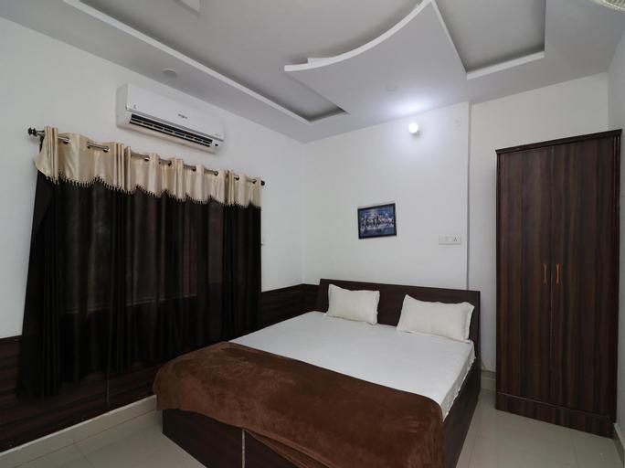 SPOT ON 39458 Hotel Mannat, Ambedkar Nagar