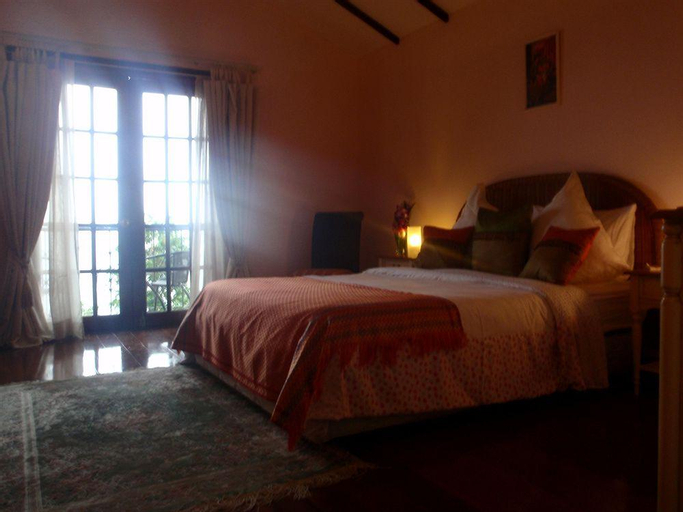 Las Flores Country Guest House And Restaurant, Catmon