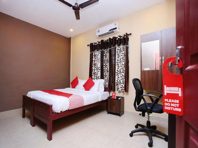 OYO 4706 Chalil Residency, Ernakulam