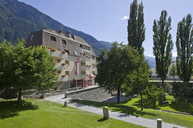 Schlosshotel - Self Check-In Hotel am Schlosspark, Brig