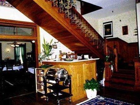 WOODBINE HOTEL AND RESTAURANT - BED AND BREAKFAST, Madison