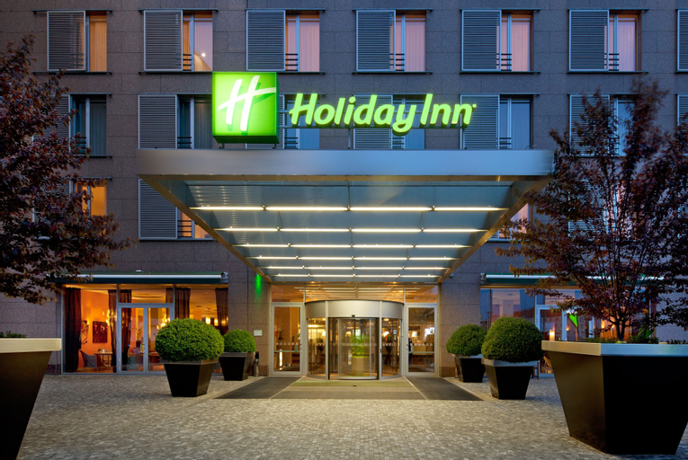 Holiday Inn Prague Congress Centre, Praha 5