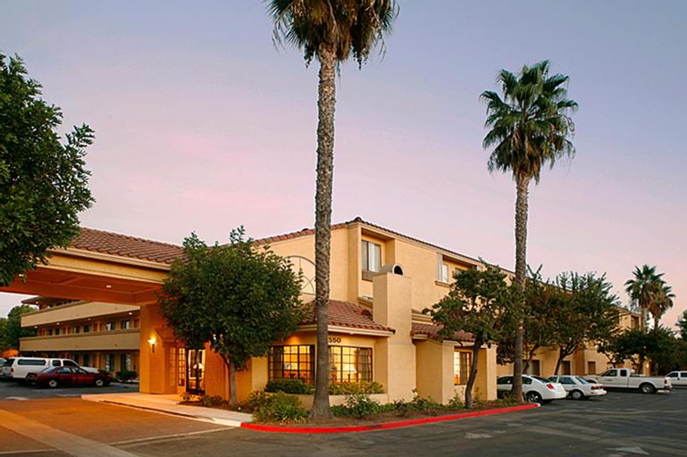 Holiday Inn Express Simi Valley, Ventura