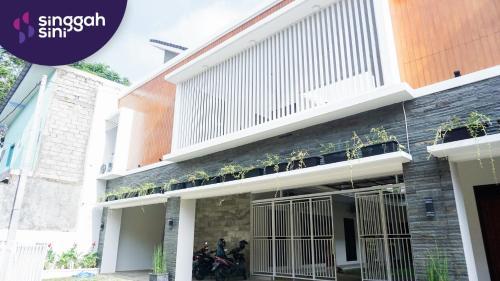 Singgahsini Moerti Residence Female Only, Yogyakarta