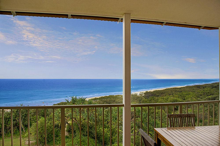 Whale Watch Ocean Beach Resort, Redland Bal
