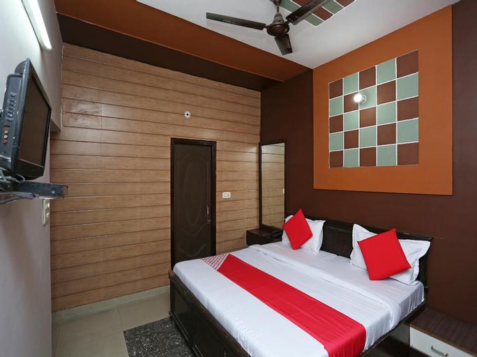 OYO 35826 Hotel Pk, Meerut