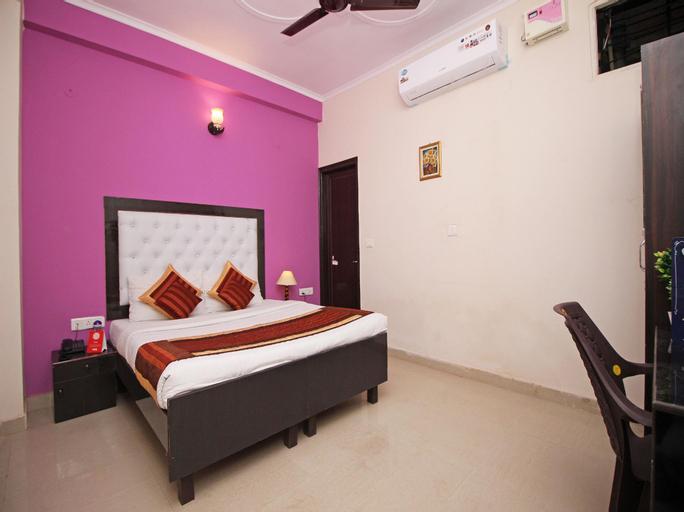 OYO 9338 Hotel InTown, Gautam Buddha Nagar
