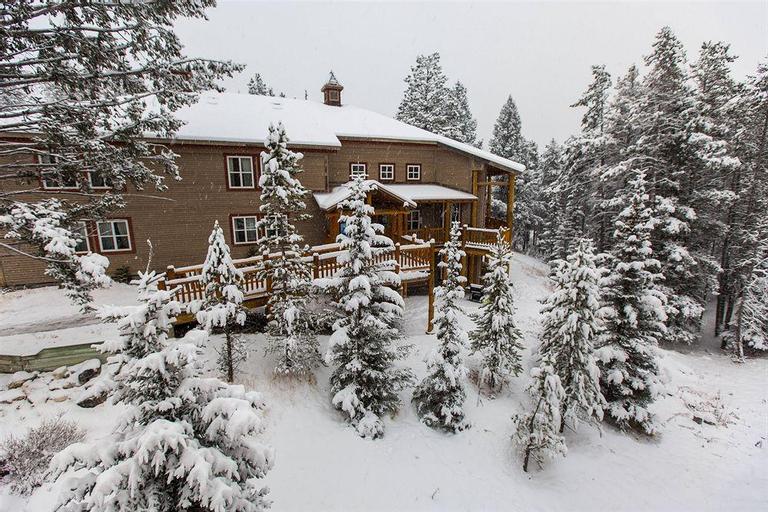 Hi Banff Alpine Centre, Division No. 15