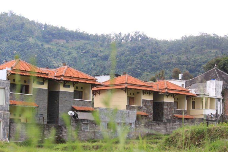 Villa Olly 4, Malang